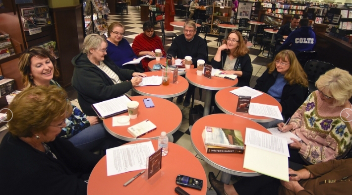 Jefferson Pointe Barnes & Noble Hosts WritingMeetings