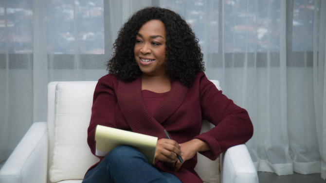 TV Show Hit Creator Shonda Rhimes to Offer Masterclass in Writing